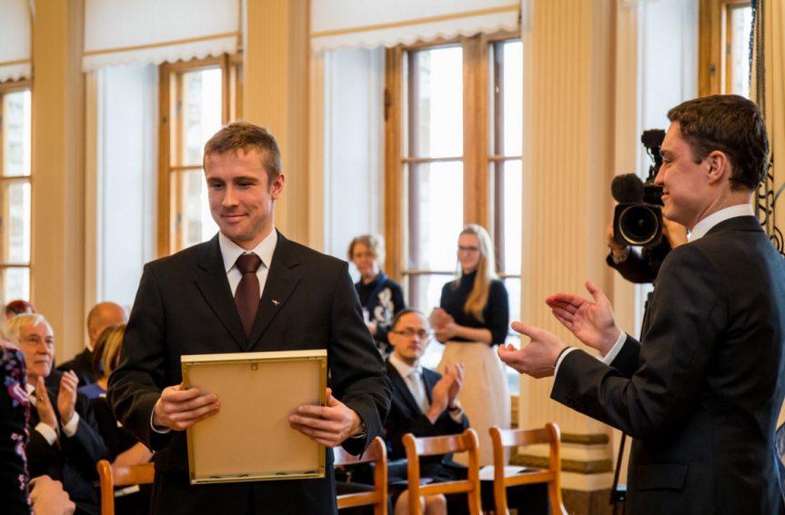 Lauri Malsroos sai kätte riikliku spordipreemia