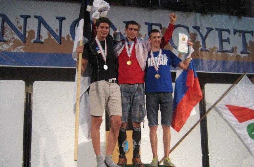 Taaniel Tooming võitis  juunioride MMil hõbemedali!