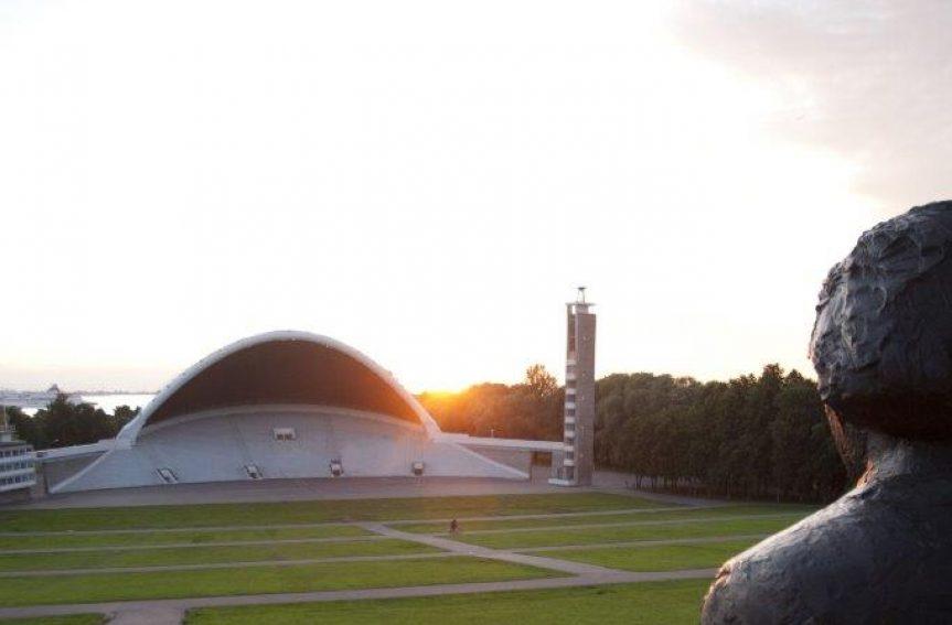4000 välismaist orienteerujat vallutavad Tallinna vanalinna