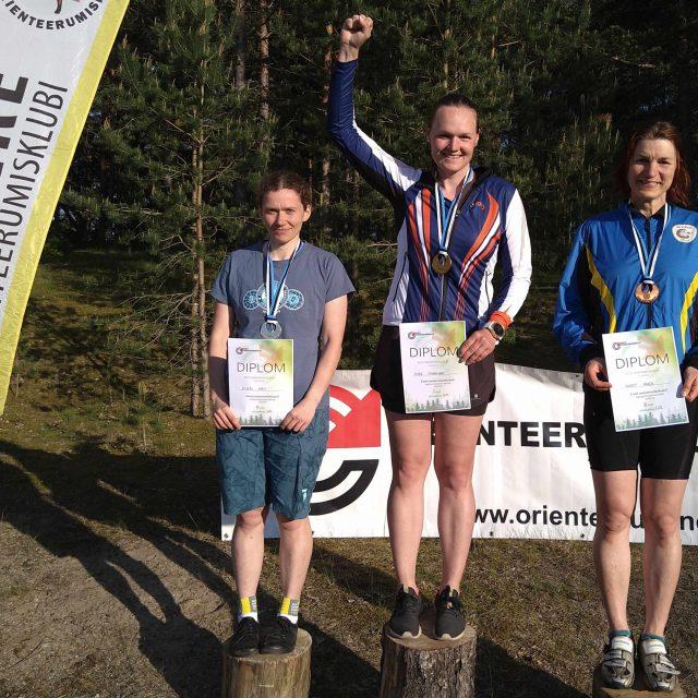 Rattaorienteerujad selgitasid ühel päeval välja Eesti meistrid kahel distantsil